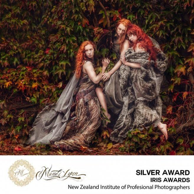 Iris 2016 - Ginger Triumverate